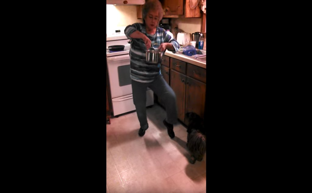 Grandma Breaking It Down!  Dance While You Cook. A Must See At 1:19 and 3:05. Mama C.